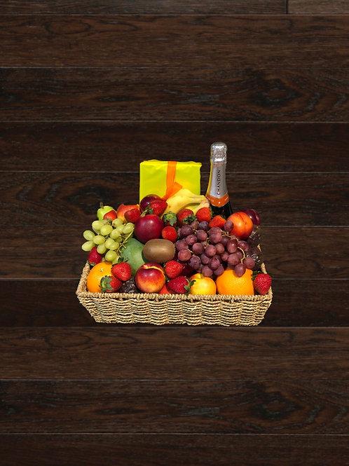 Seasonal Fruit, Chocs & Sparkling Wine