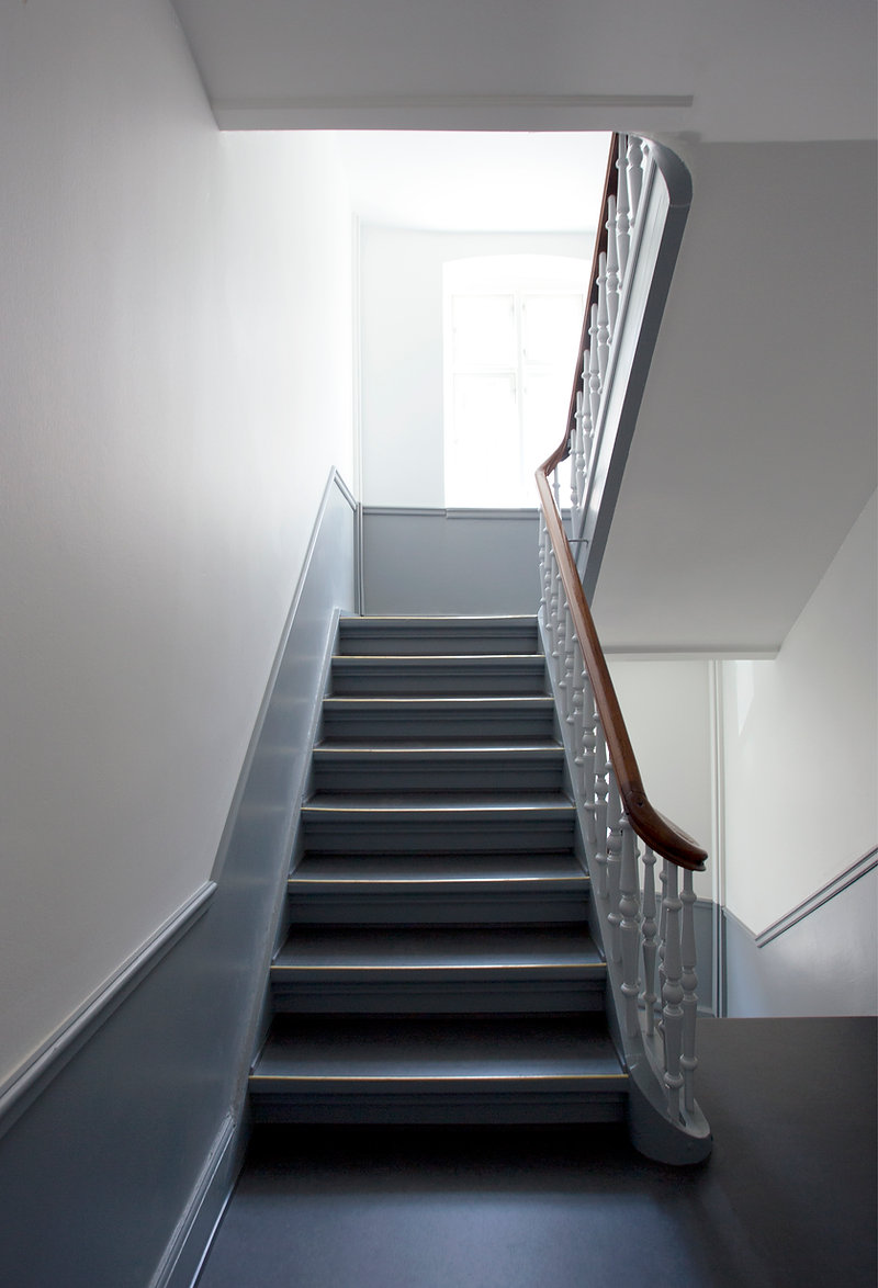 architect classic staircase renovation