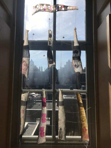 transparant werk in raam