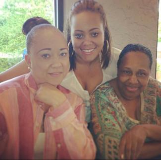 Mom, Keelani, and Tarsha hanging out