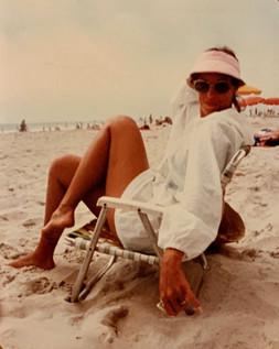 beachposemom.jpg