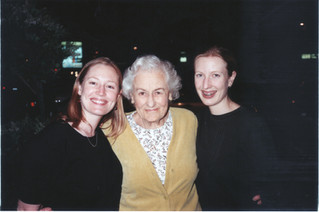 Millie, Maretta, Minda April 2000.jpg