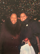 Christmas in New York - Mom and Micha.JP