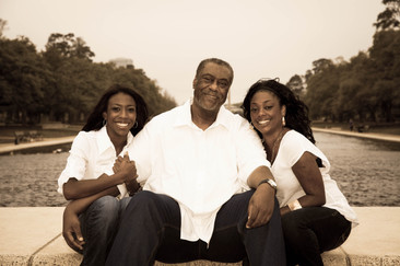 036_Chuck with daughters.jpg