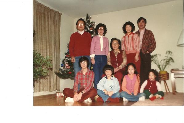 27 aunt phyllis family.jpg