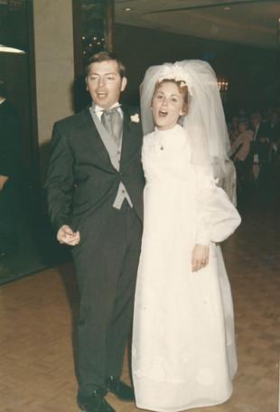 Tom and Jan wedding goofy.jpg