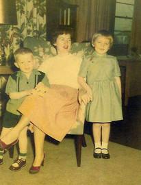 013 Sue, John, Sara 1954.jpg