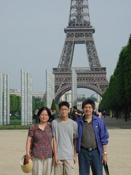 012 Paris.jpg