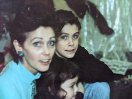006 Vickie, Elizabeth, and Todd.jpg