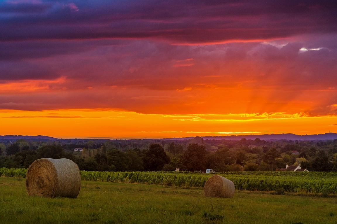 Coucher de soleil sur la campagne