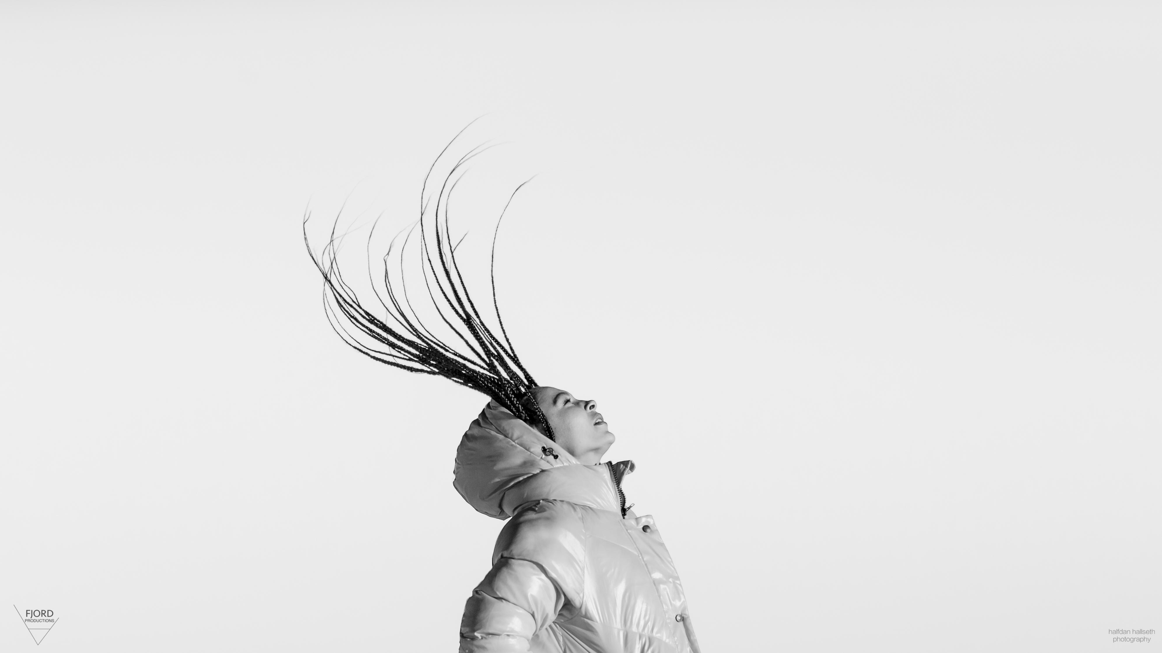 Model: Melinda Elvenes