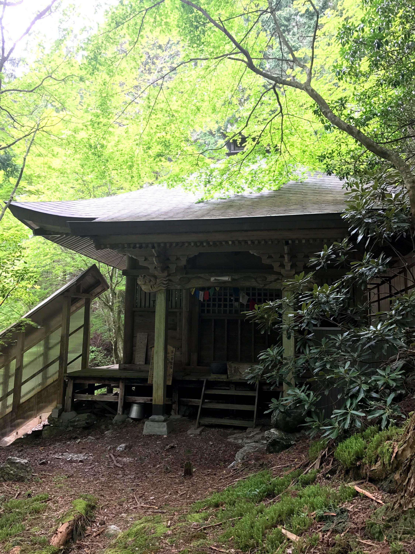 定福寺奥の院