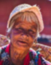 bhutanese-woman-2725142_1920.jpg