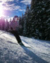 skiing-1723857_1920.jpg