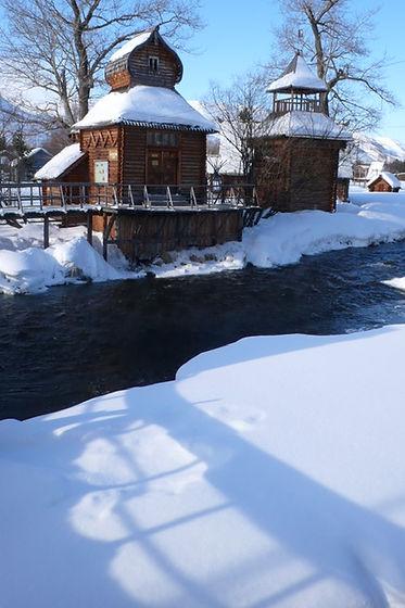 Ice Hut.JPG