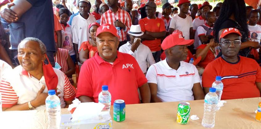 Dr. Richard Konteh Helps Constituency 11