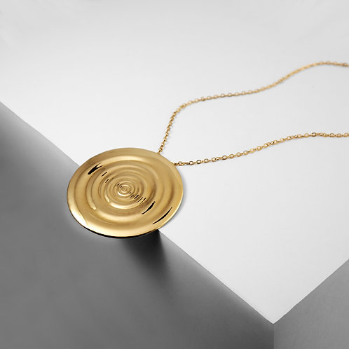 Ripples Medallion | Gold | Necklace