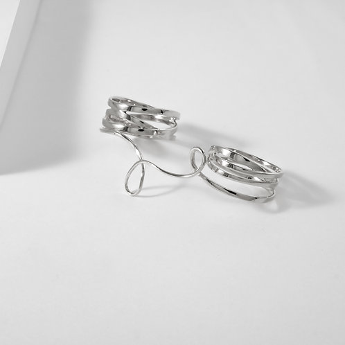 Looping Fate   Silver   Three Finger Ring