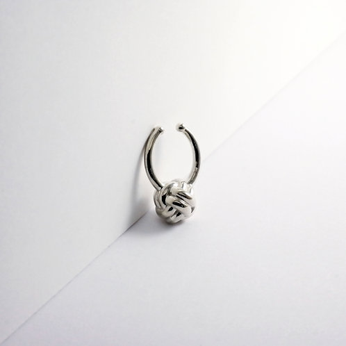 Monkey Paw Knot | Silver | Septum Ring