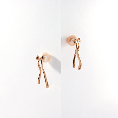 Presents (Pearl) | Rose Gold | Earrings
