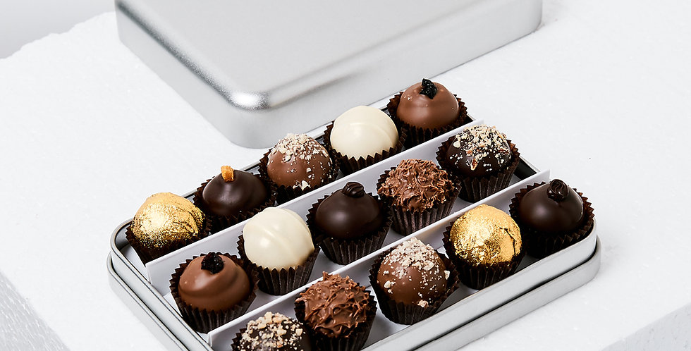 Metal Gift Box With Chocolates, 15pcs