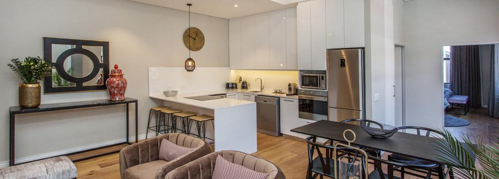 Lounge_1bedroom_Docklands_104_ITC_4.jpg