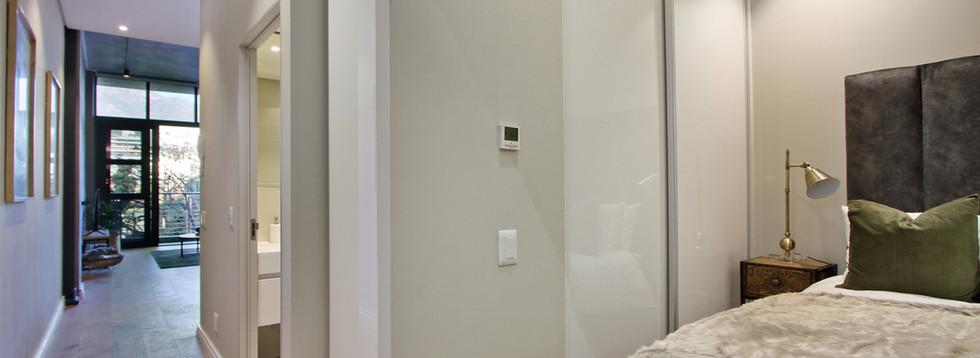 Bedroom_1bedroom_Docklands_107_ITC_4.jpg