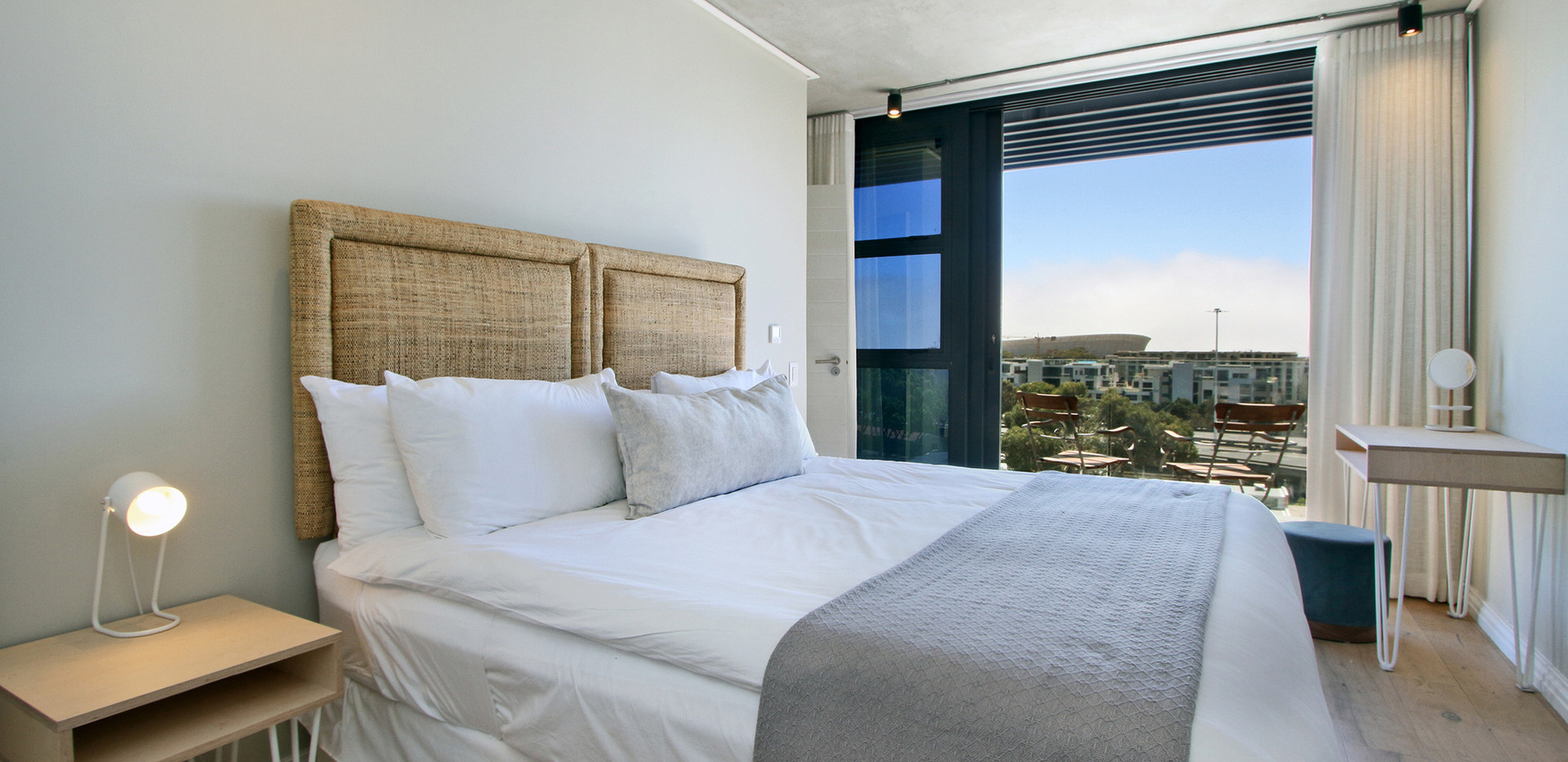 Bedroom_Penthouse_Docklands_609_ITC_1.jp
