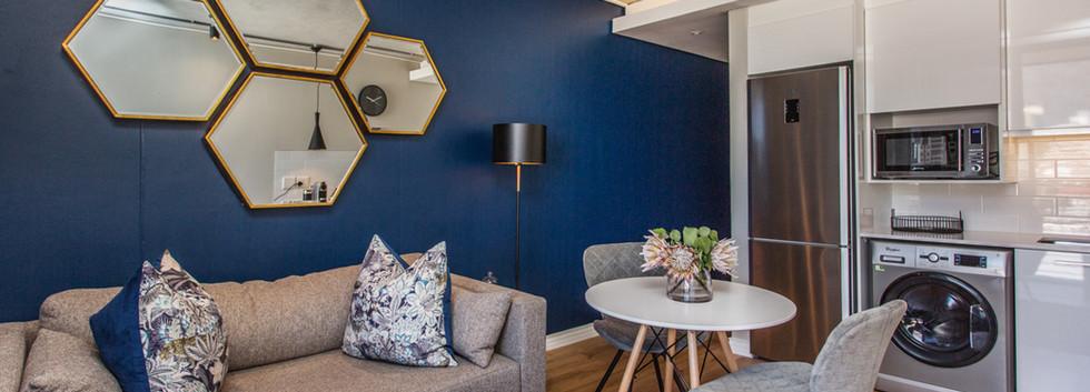 Lounge_1bedroom_Docklands_508_ITC_5.jpg