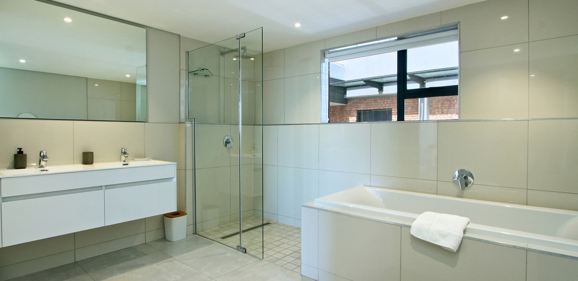 Bathroom_Penthouse_Docklands_609_ITC_1.j