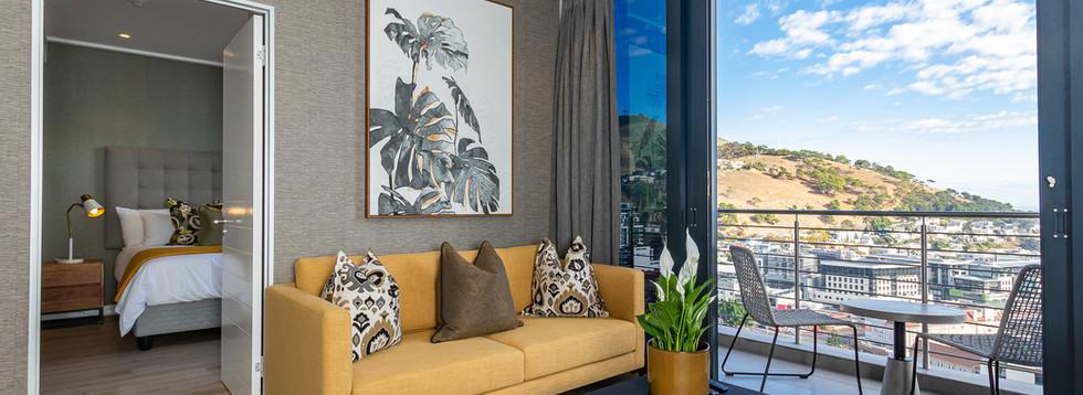 ITC16OnBree 2217 Luxury Apartment-4.jpg