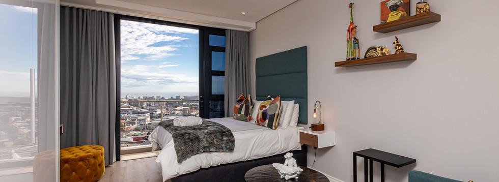 ITC 2619 On Bree Studio Apartment 26th Floor Lounge (3).jpg