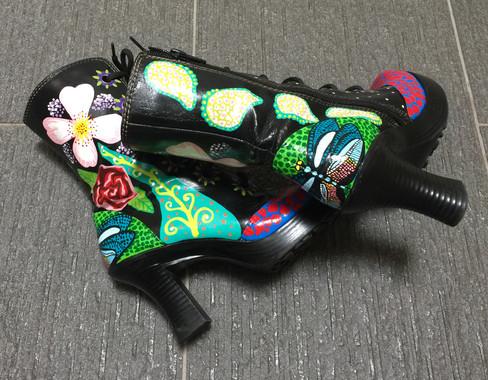 Sandy's Boots