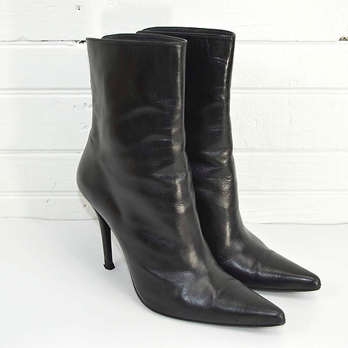 Stuart Weitzman Leather Bootie #135-64