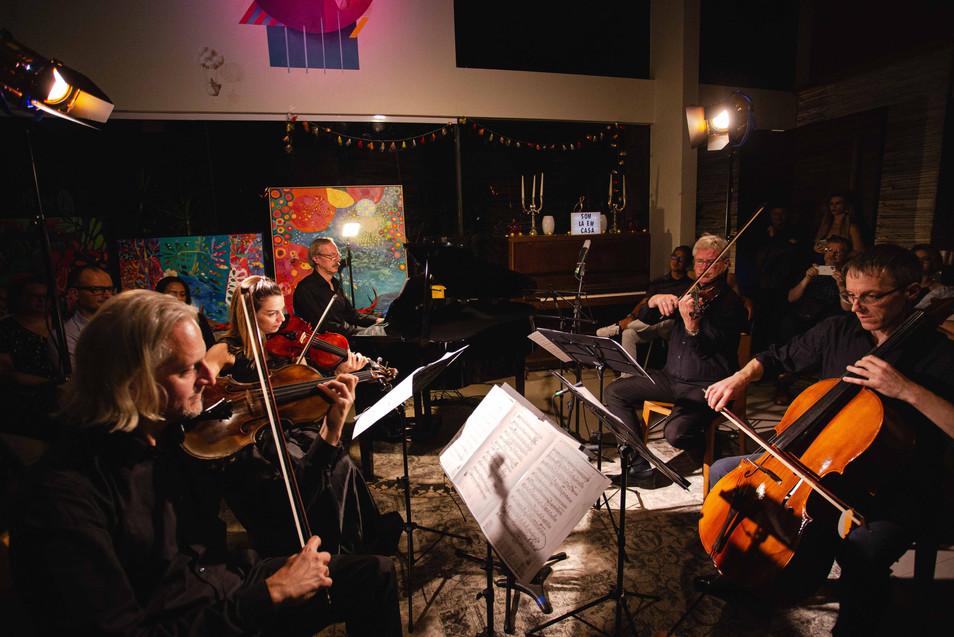 Som_Lá_Em_Casa_-_Vienna_Strings_-_47.jpg