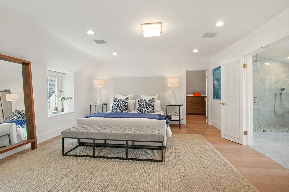 840 Thayer Ave - master bedroom.jpg