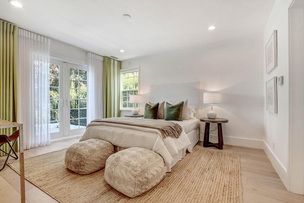 840 Thayer Ave - bedroom2.jpg