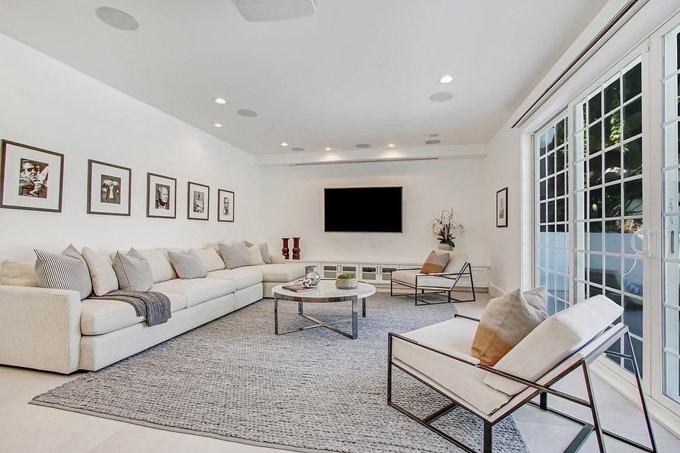 840 Thayer Ave - family room.jpg