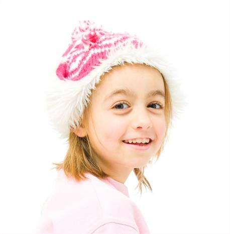 Kinderfoto Mädchen mit Mütze