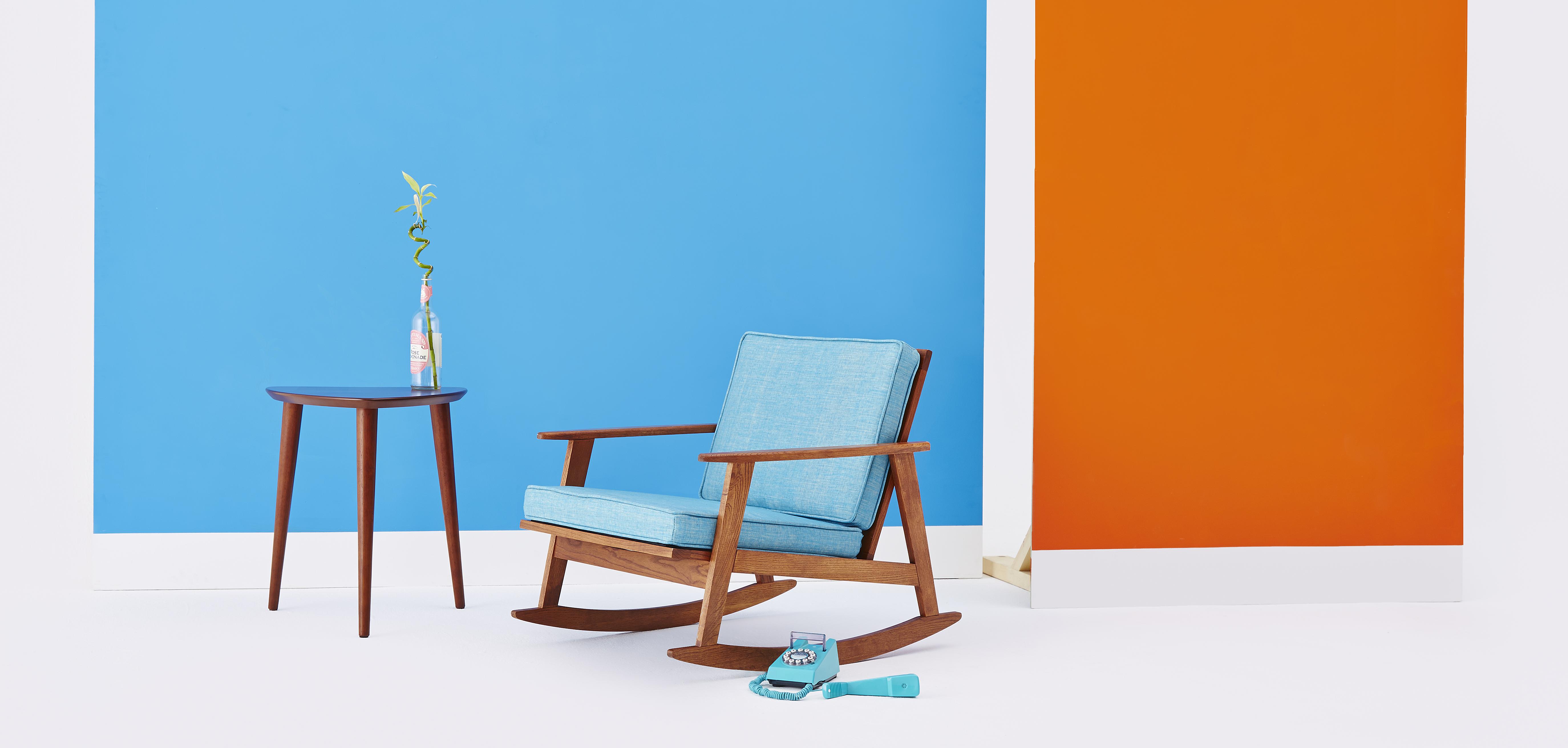Wk 22_Modern Living_Chairs_Headline.jpg