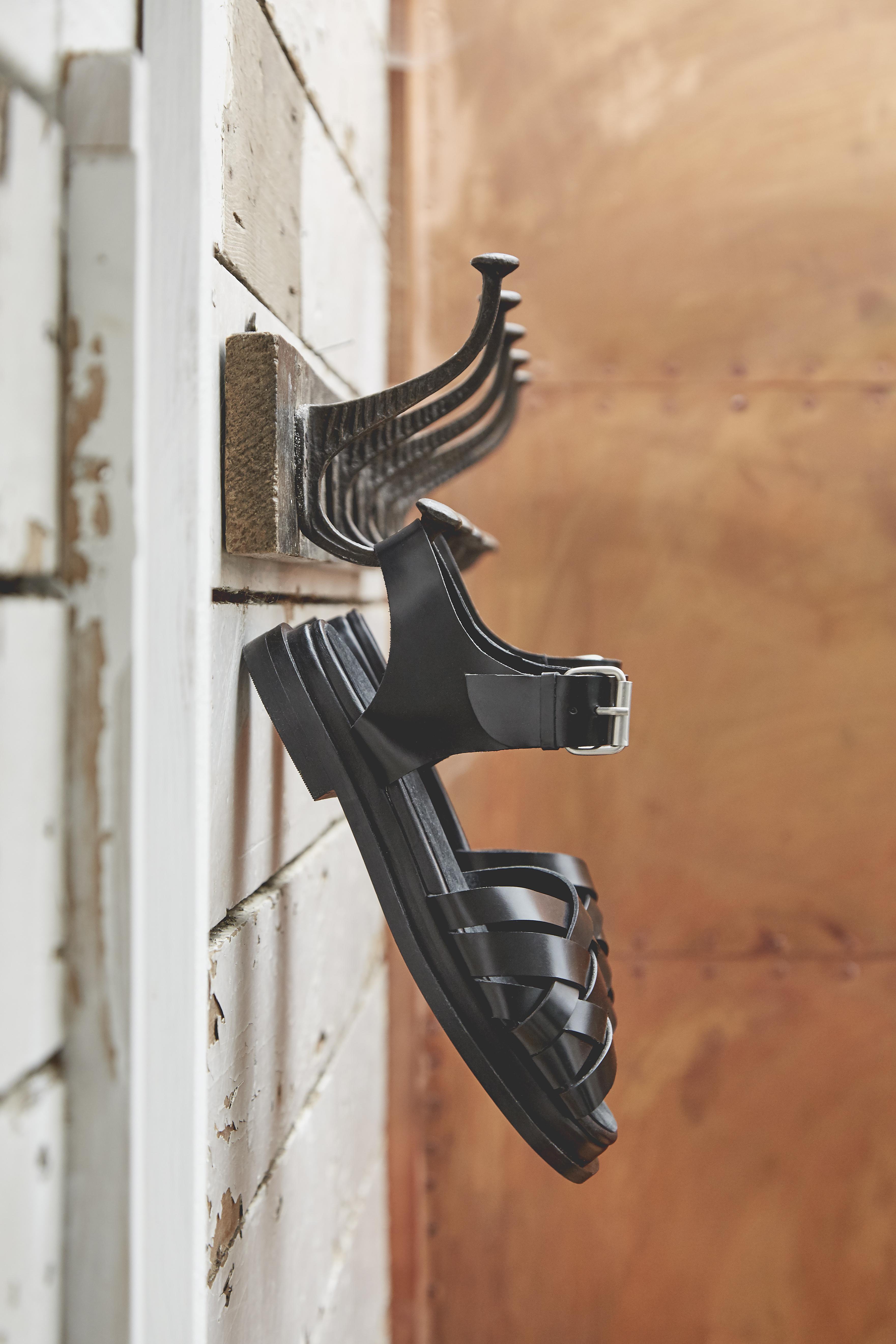 WW_POS_Extra Shoes