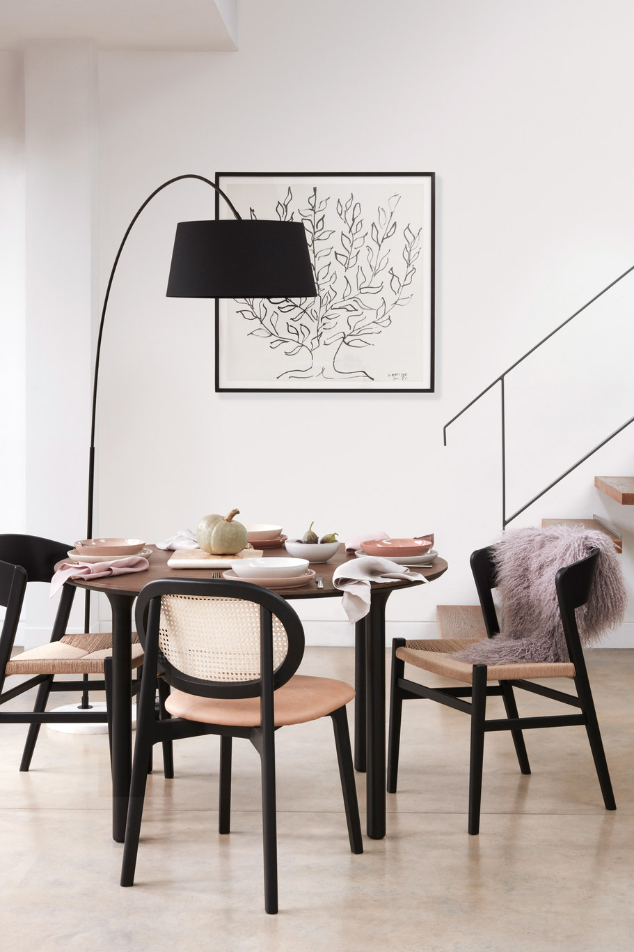 AW19 Comms_Dining_Lamp Option_White Bala