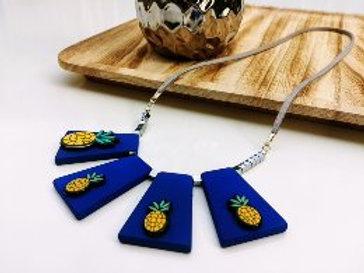 אננס מלכותי כחול רויאל
