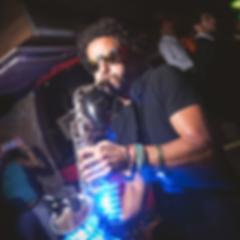 img_LED-Saxophonist-mainpng_400px.png