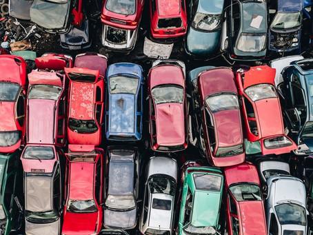 Vuoi demolire la tua vecchia macchina ma non sai come fare la rottamazione auto?