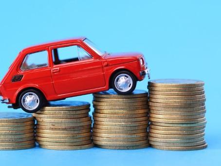Quali sono i fattori da considerare nell'acquisto di un'auto?