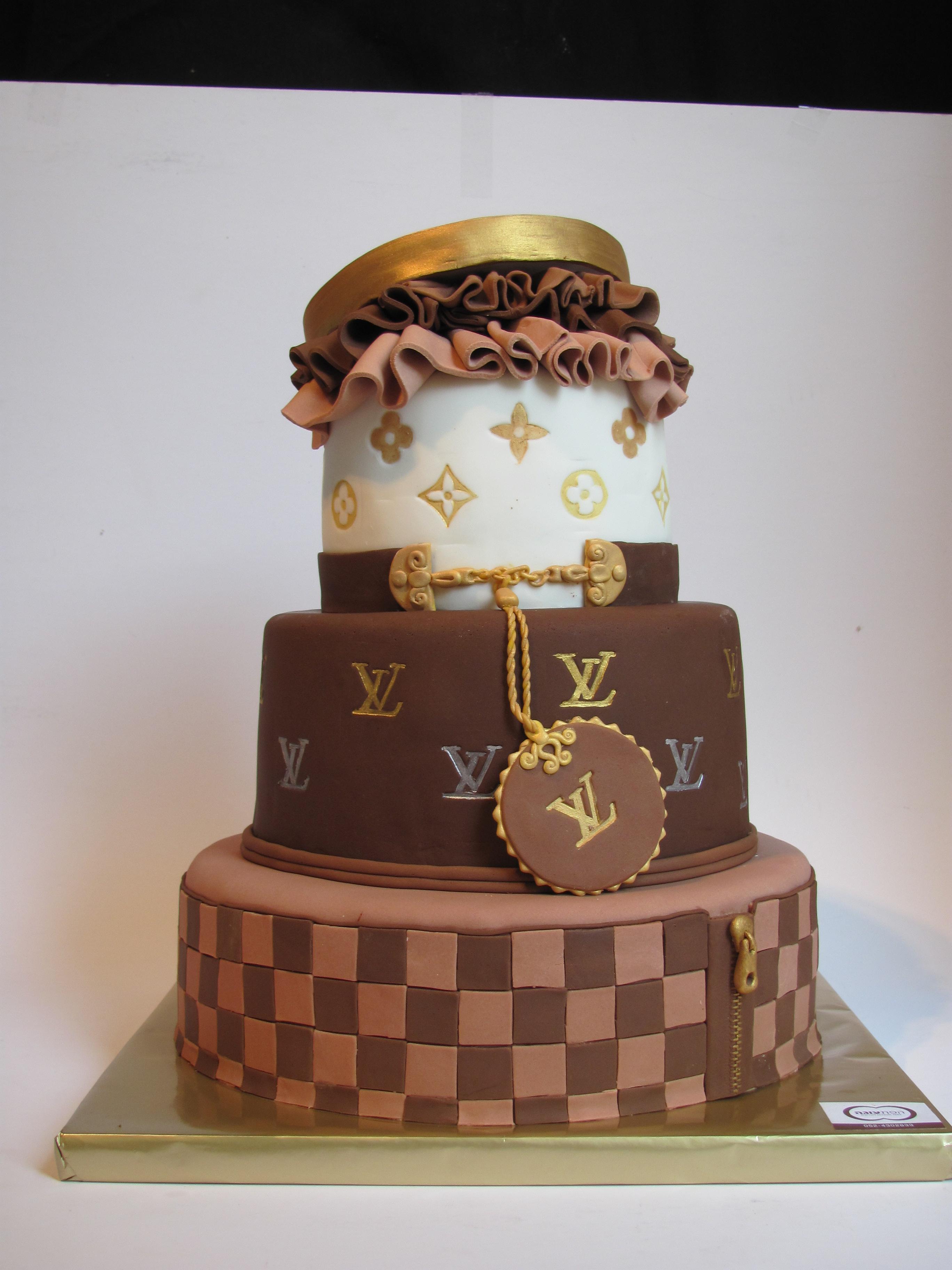 עוגת לואי וויטון