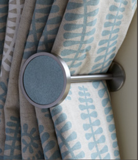 finials, bespoke curtains, seamsfine, curtain makers in Chilton, curtain makers near Thame, curtain makers near Haddenham, curtain makers near Oxford, curtai nmakers near Bicester, curtain makers near long crendon, Chilton, chearsley, cuddington, Brill, Thame, curtains, interior designer.
