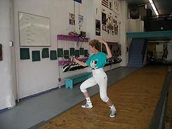 Fencing bounce start  Elaine Cheris
