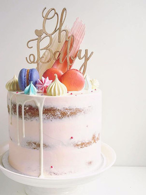 Baby shower cake, from 95,00euros